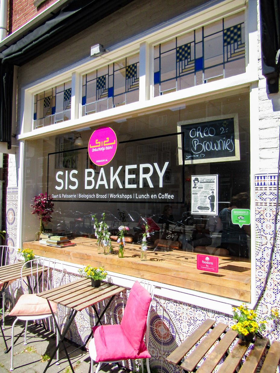 Sis Bakery